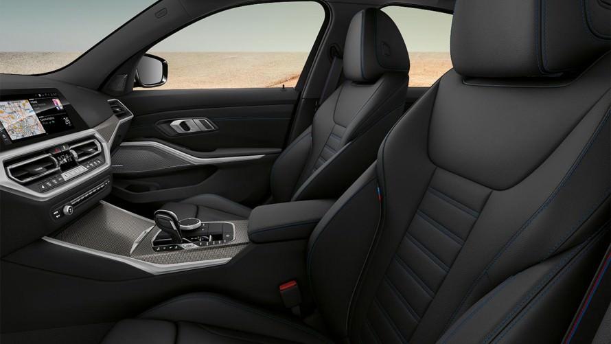салон нового BMW M340i