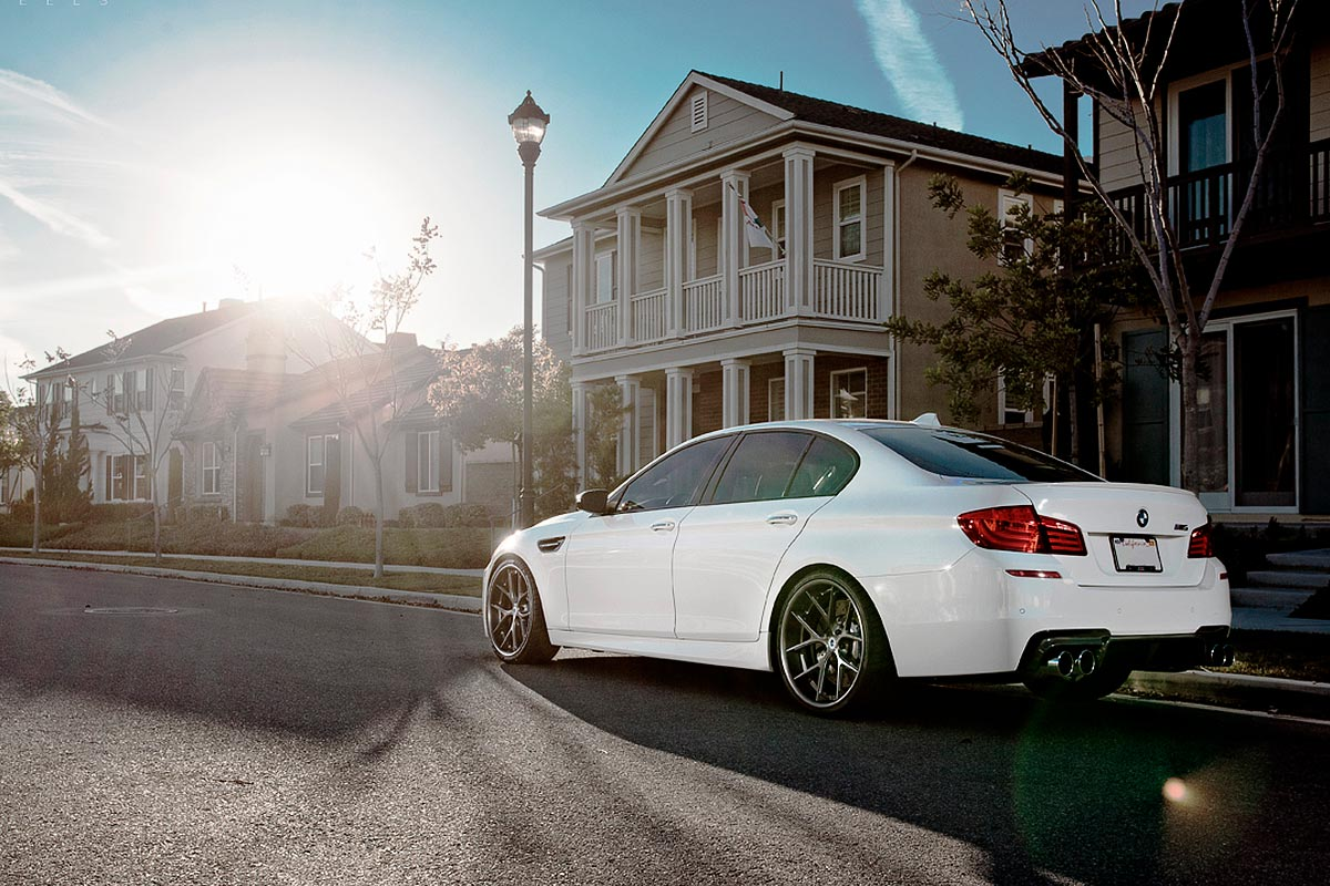 bmw m5 f10 alpina white