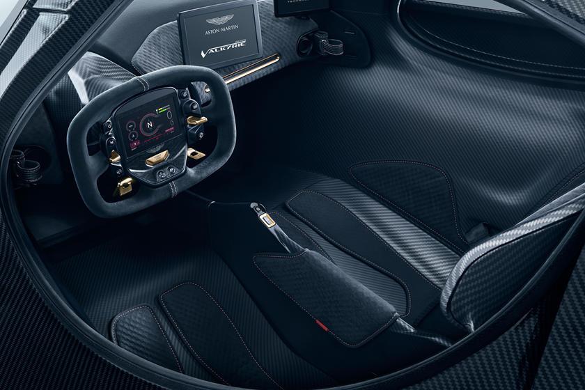 интерьер Aston Martin Valkyrie