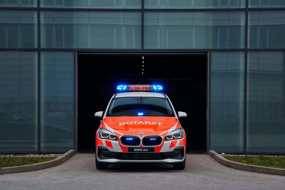 BMW 2 gran tourer emergency